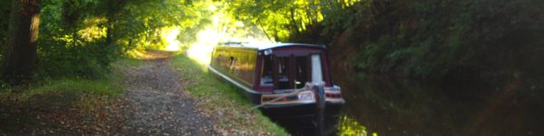 Llangollen Canal in autumn