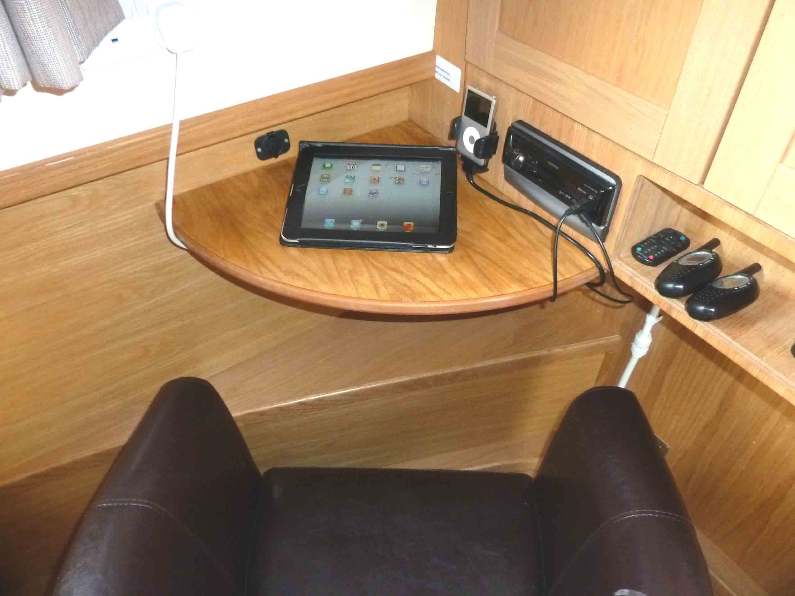 Boating holiday with WiFi