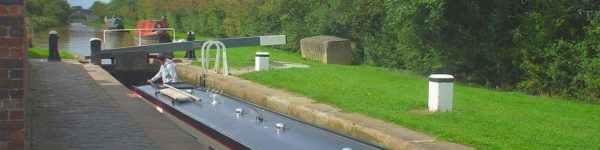 'Marilyn' going through lock at Church Minshull
