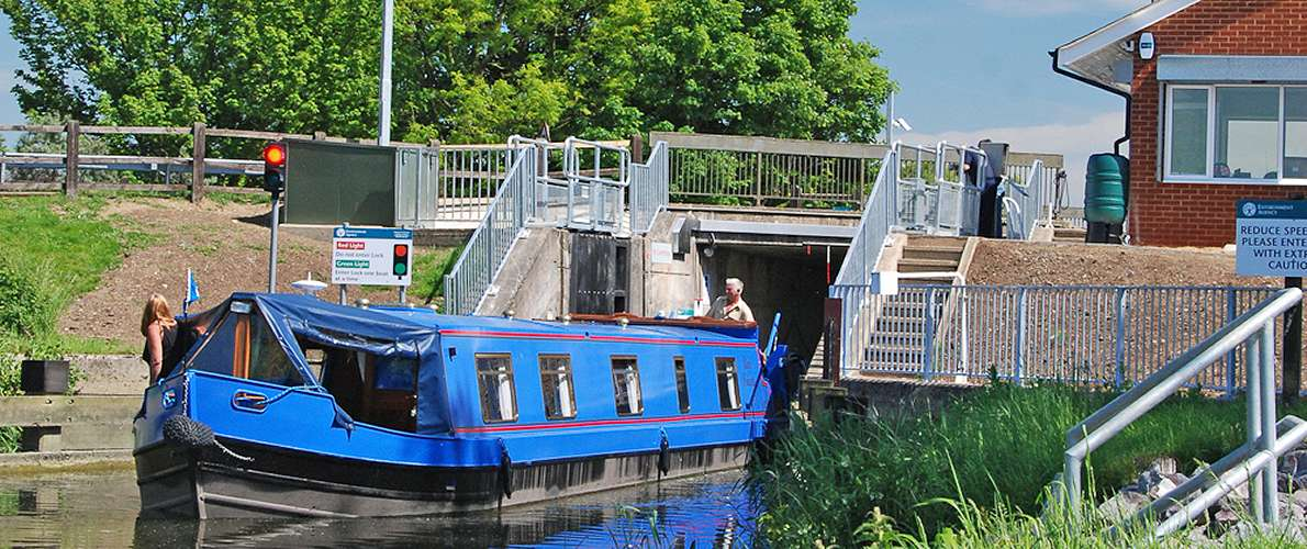 Canal boat holiday on the Fenland Waterways