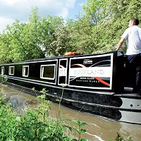 Cheap boating holidays in Southern England
