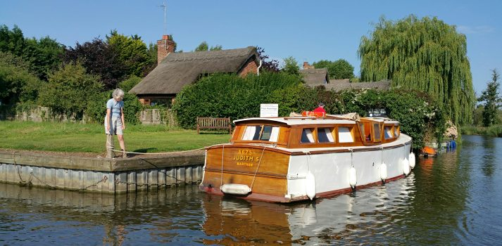 Hire a classic wooden Broads cruiser