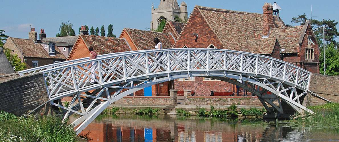 Canal boat hire in Ely, Cambridgeshire