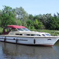 Boating holiday from Chedgrave on the Norfolk Broads