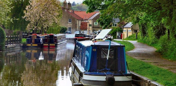 hire boat in Southern England