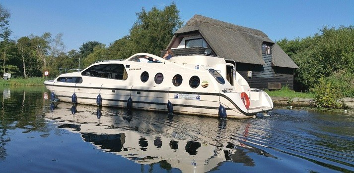Norfolk Broads boat hire