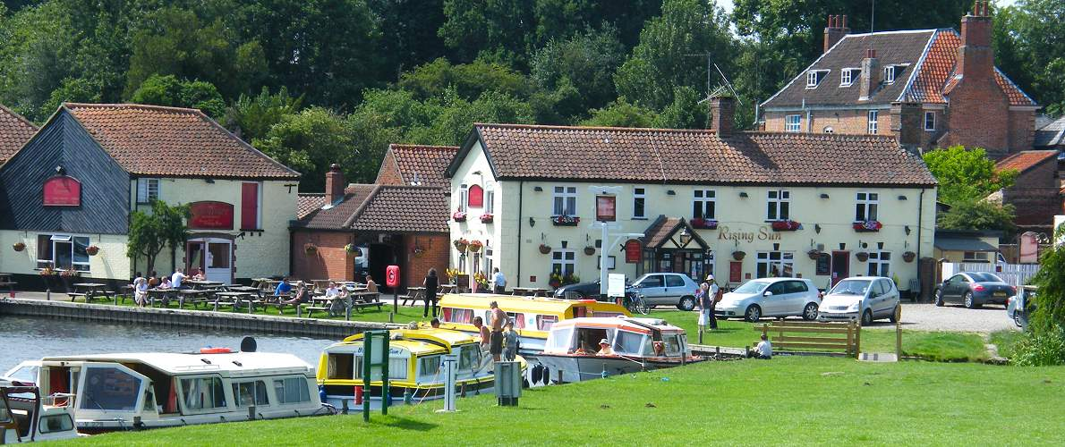 norfolk broads boat hire - waterfront pub