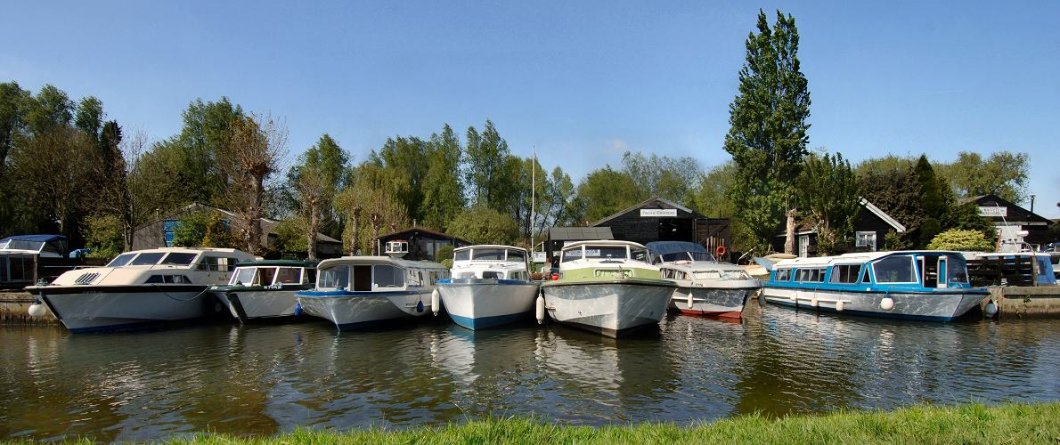 Norfolk Broads motor cruiser holiday